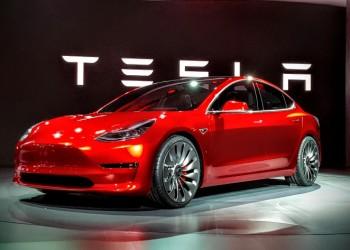 Các mẫu ô tô điện đáng chú ý của Tesla